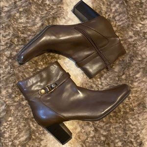 NINE & Co Brown Ankle Boots